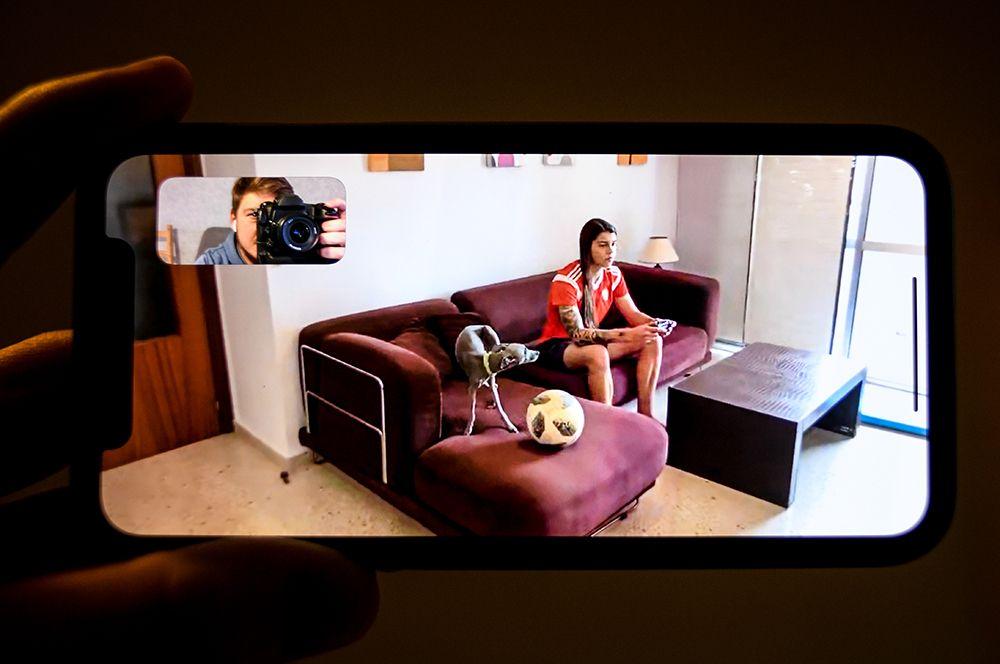 Нападающая испанской «Севильи» Надежда Карпова у себя дома в Севилье, Испания.
