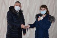Вручение ключей вгороде Мегионе Ханты-Мансийского автономного округа— Югры.
