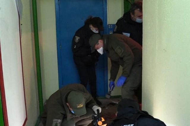В одной из многоэтажек столицы прогремел взрыв: есть пострадавшие