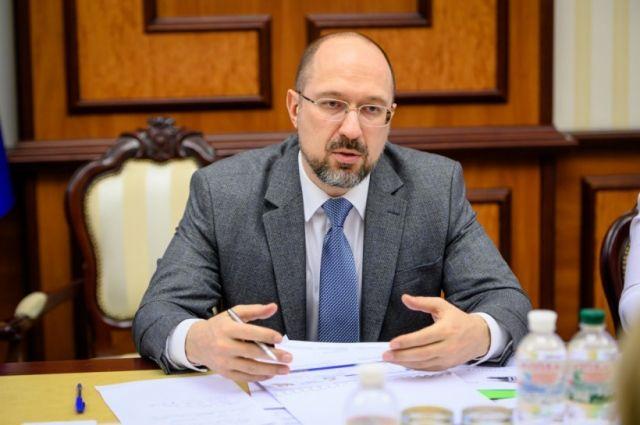 Кабмин планирует вложить 100 млрд грн в дорожное строительство, – Шмыгаль