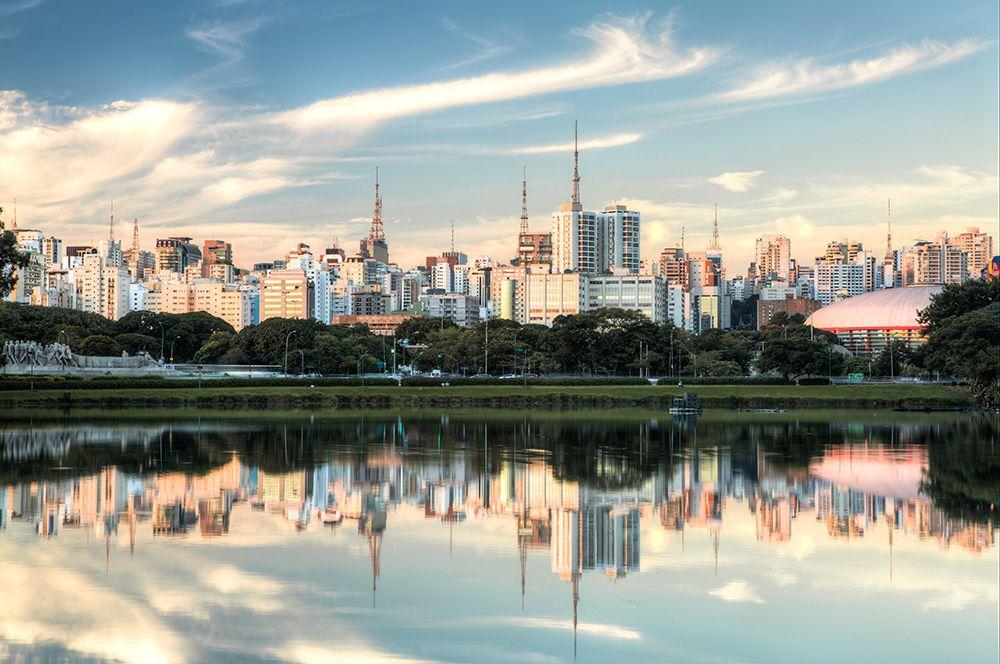 Сан-Паулу, Бразилия. Здесь большое количество фермерских рынков, также город является одним из крупнейших потребителей возобновляемой энергии в мире.