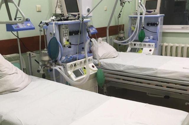 Полуторагодовалый ребёнок всё ещё в больнице.