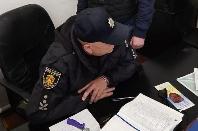 В Кировоградской области подполковника полиции поймали на взятке