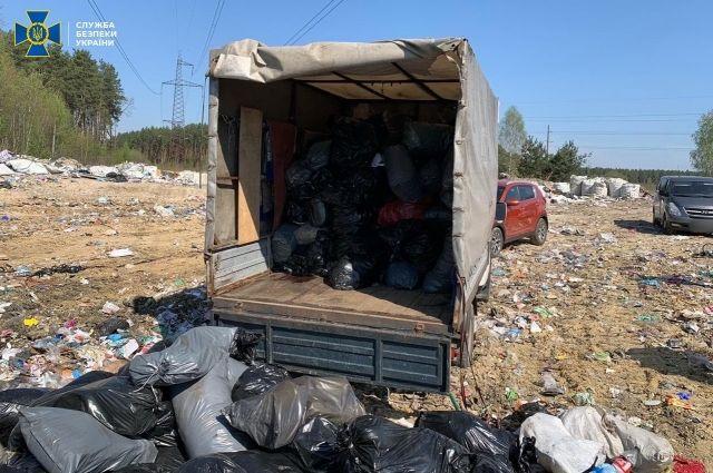 Фирма вывозила опасные отходы с инфекционных больниц на полигон под Киевом