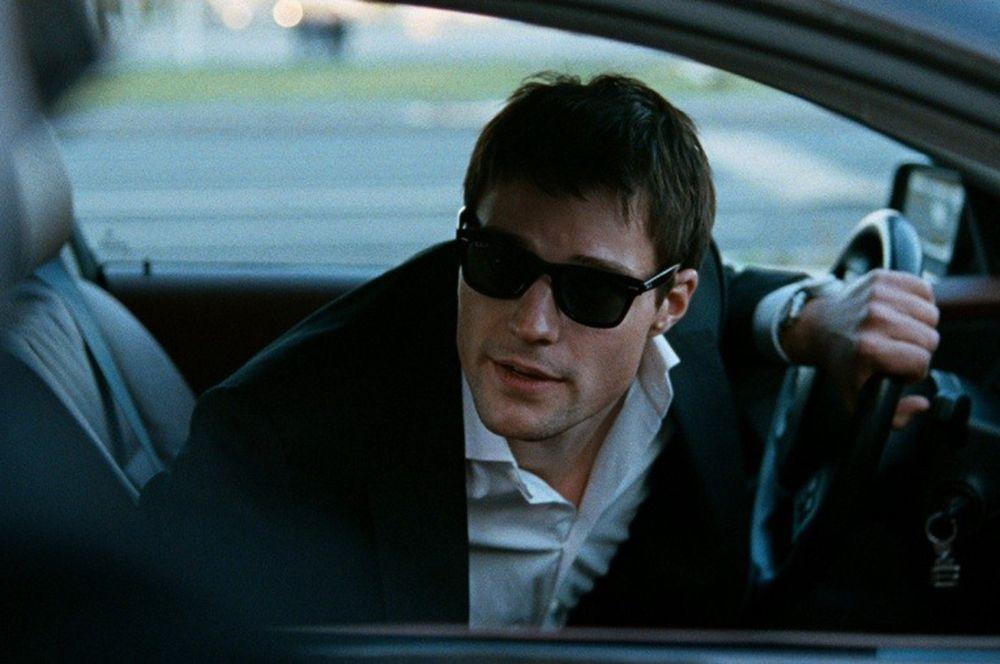 «Духless» (2012) — топ-менеджер крупного международного банка Макс Андреев.