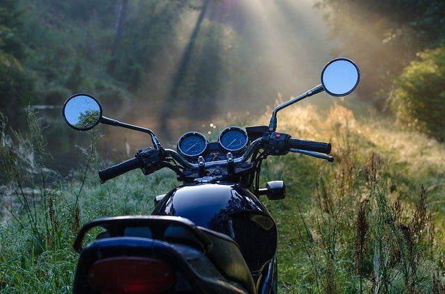 Тюменских мотоциклистов призывают соблюдать режим самоизоляции