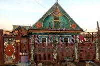 Этот дом некогда был саманной хибаркой.