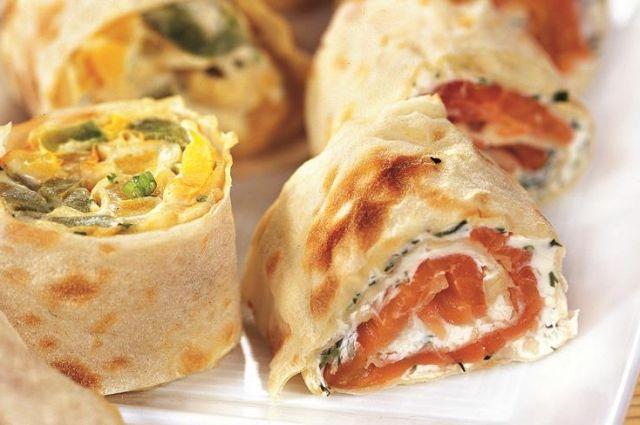 Закуска на все случаи жизни: рецепты рулетов из лаваша с разными начинками