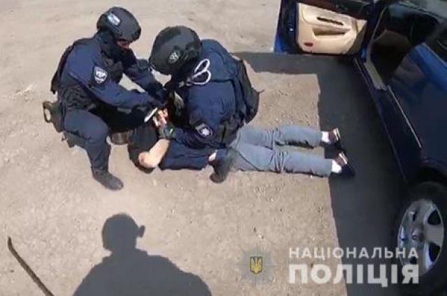 В Донецкой области сотрудника полиции задержали на взятке
