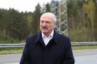 Лукашенко пригласил Зеленского и Путина на парад Победы в Минске