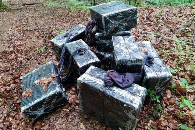 Пограничники пресекли перемещение более 4 тыс. пачек контрабандных сигарет