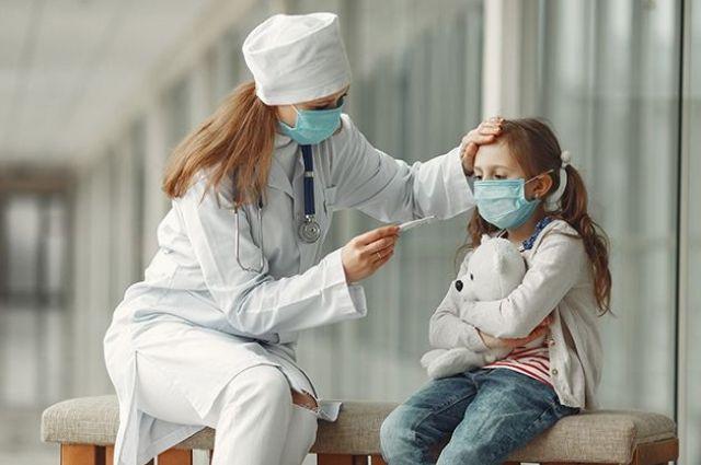ЦОЗ: в Украине дети в возрасте 10-14 лет чаще всего болеют коронавирусом