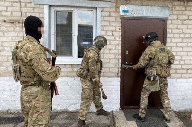 Отправляли автобусы из «ДНР» в Россию: СБУ разоблачила группу перевозчиков