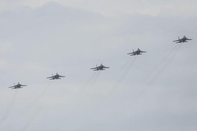 В Калининграде прошла генеральная репетиция воздушного парада Победы