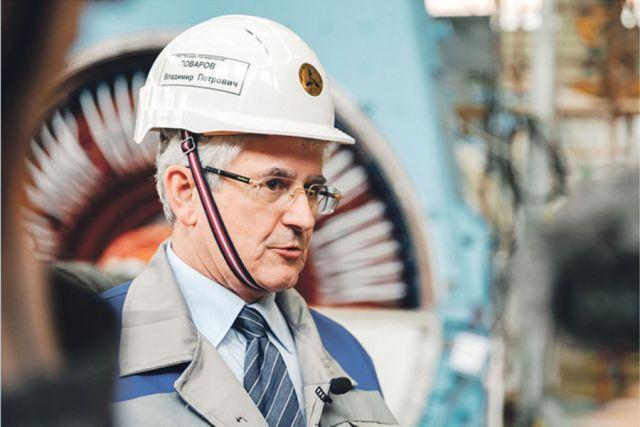 Владимир Поваров регулярно участвует в обходах подразделений, беседует с персоналом, принимает решения по мотивации.