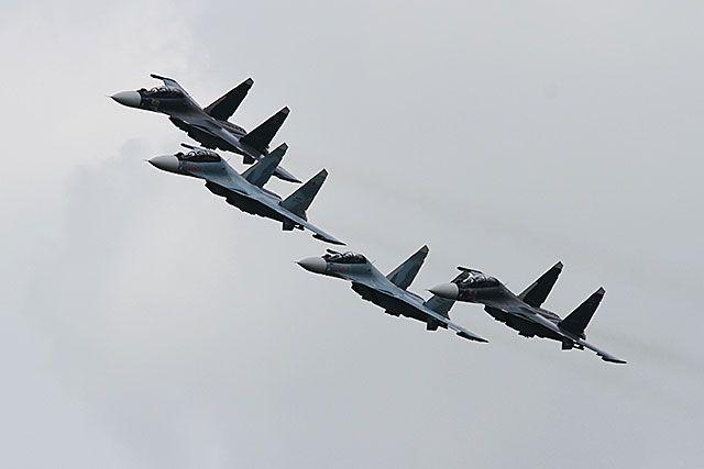 Репетиция авиапарада прошла в Новосибирске.