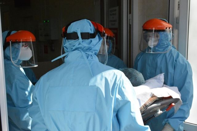 В Харьковской области от пациента с COVID-19 заразились 10 медработников
