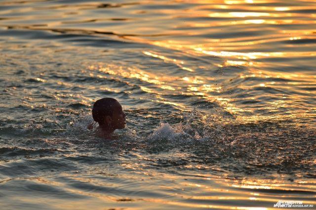 Специалисты  оценили риск заражения Covid-19 при купании вморе