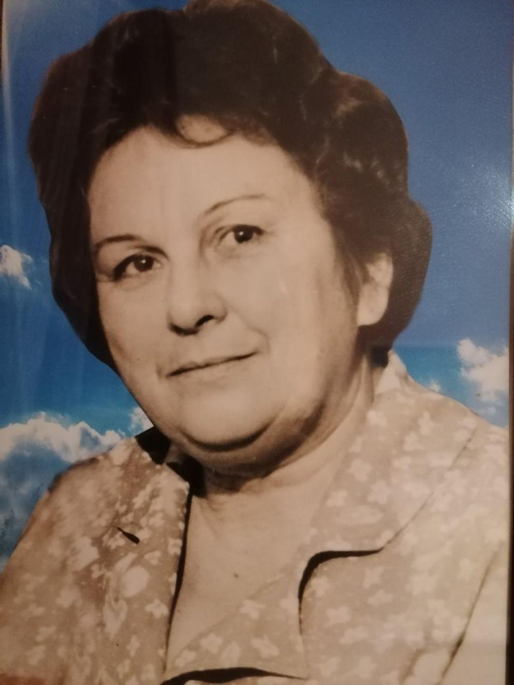 Ольга Лазаренко, генеральный директор «АиФ-Юг»: Моя мама, Лисина Анна Николаевна, 1931-2015. В 1941 году ей было 10 лет. Пережила немецкую оккупацию, в 1943 году, после освобождения хутора Тамбовского в Гиагинском районе Краснодарского края (сейчас Республика Адыгея), работала в колхозе. Указом Президиума Верховного Совета СССР от 6 июня 1945 года награждена медалью