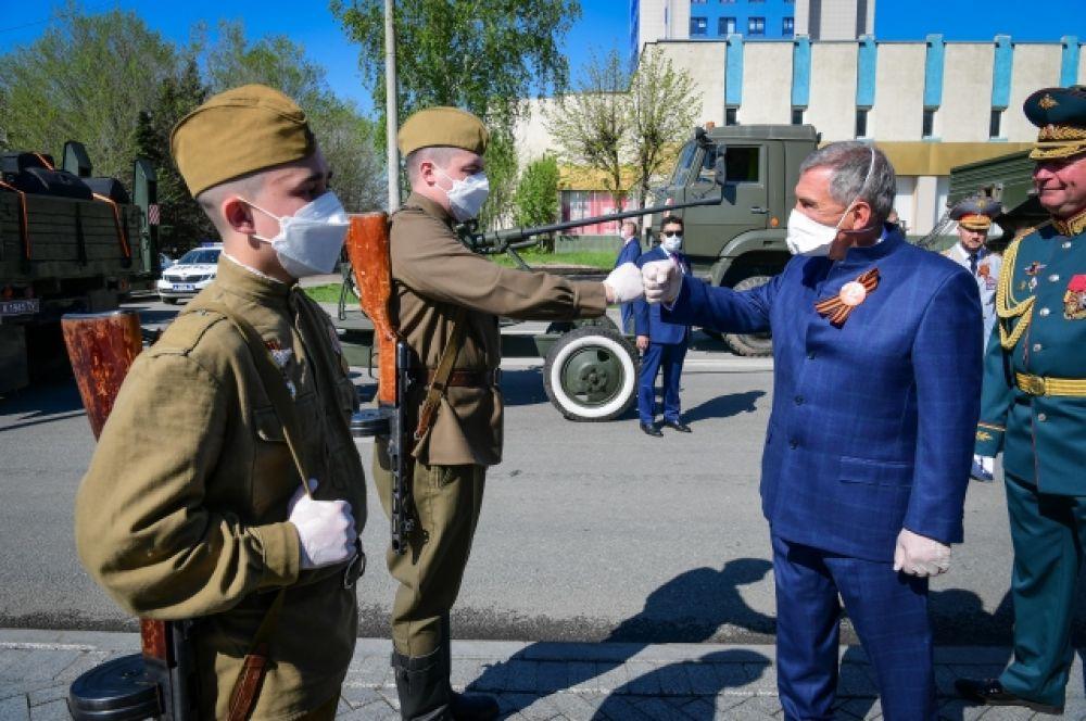 Президент Татарстана Рустам Минниханов в парке Победы.