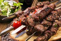 На чем жарить и какое мясо выбрать: лучшие рецепты маринадов для шашлыка