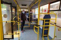 В Оренбурге автобусы вышли на дачные маршруты.