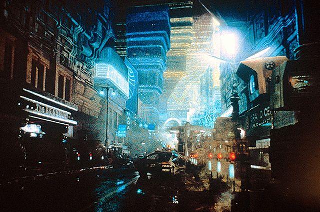 «Бегущий по лезвию» (1982) Ридли Скотта.