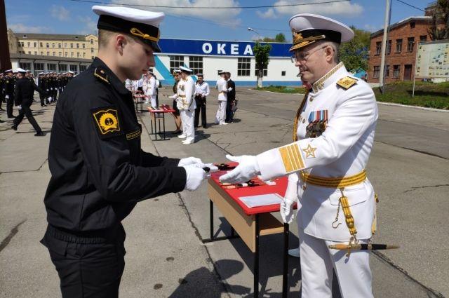 В Калининграде состоялся 57-й выпуск лейтенантов ВМФ