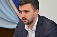 Заместителя главы Одесской ОГА уволили из-за задержек доплат медикам