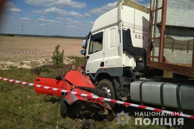В Ровенской области произошло ДТП: ребенок и его отец погибли