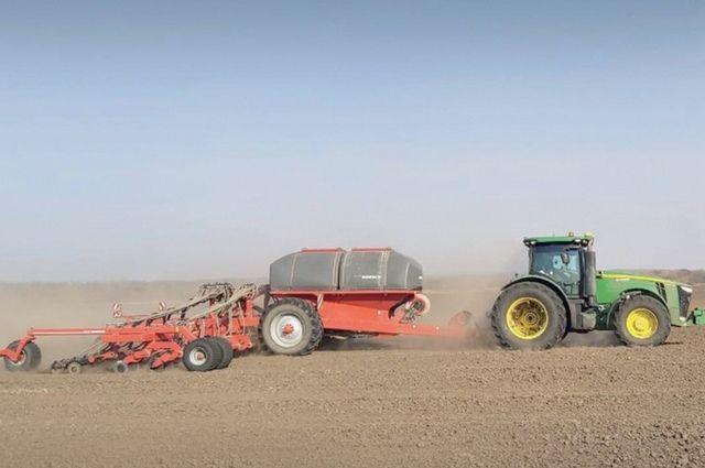 Аграрии пользуются технологиями, позволяющими соблюсти «золотую середину», чтобы землю не затопило и не высушило.