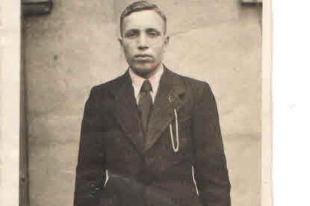Это первая послевоенная фотография Сергея Павловича Картавцева.