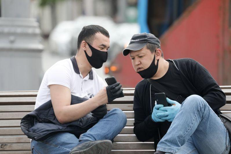 Мужчины в Москве.
