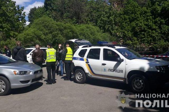 В Киеве возле храма подстрелили человека: подробности
