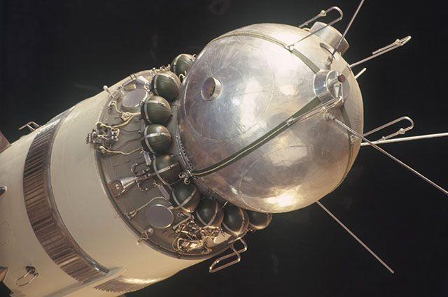 Модель первого космического корабля «Восток».