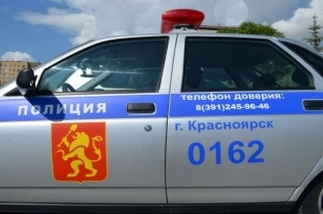 Полицейские ищут девушек, забравших цветы с памятника ветерану ВОв