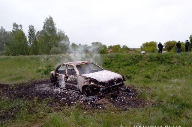 В Черниговской области машина вылетела в кювет и загорелась: водитель погиб