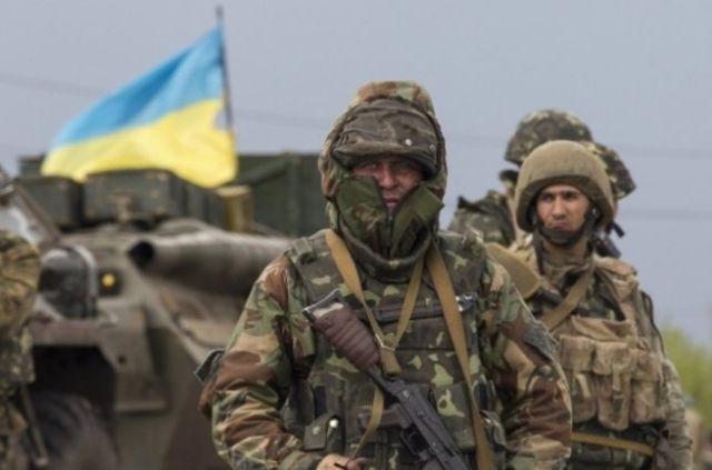 Двое украинских военных погибли на Донбассе во время плановых занятий