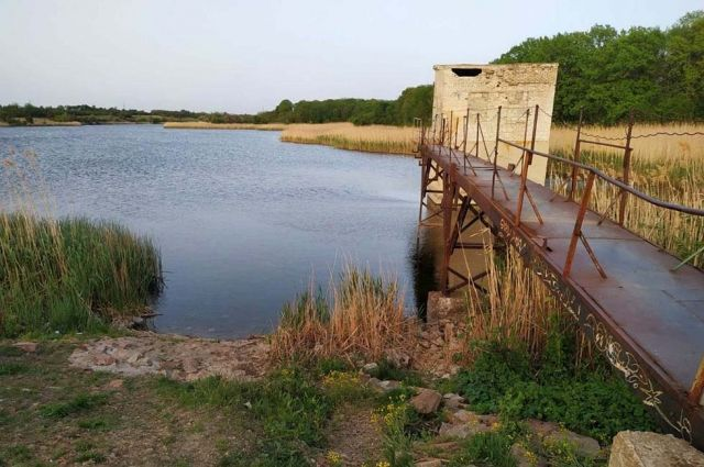 В Днепропетровской области ребенок прыгнул с моста в воду и не вынырнул