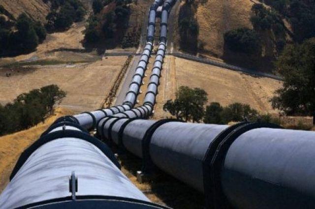 Транзит российской нефти через Украину сократится на 40%