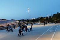 Жители Афин массово вышли на улицы после снятия карантина.
