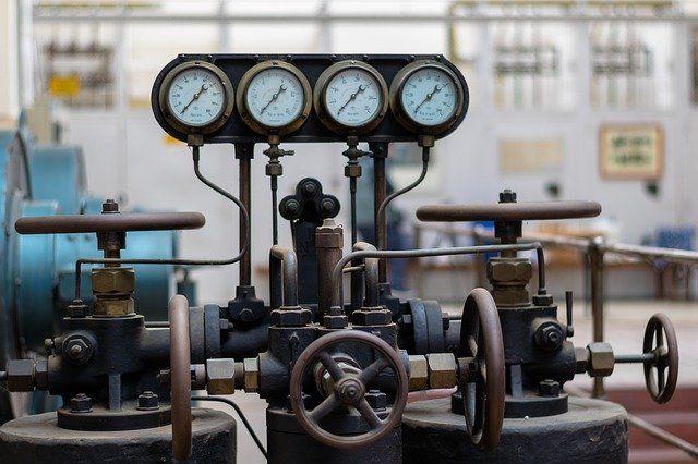 Тюменские предприятия справляются с падением спроса на продукцию
