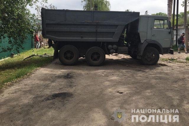В Днепропетровской области пьяный угонщик авто наехал на велосипедистку