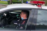 Вероятно, водитель не увидел пешехода из-за попутного автомобиля и даже не сбавил скорость.