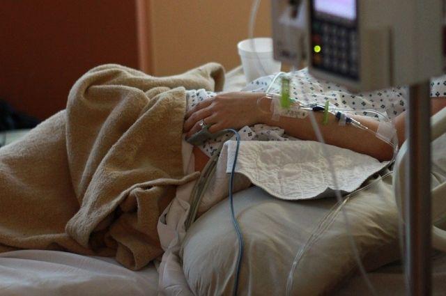 Женщину выписали из больницы после того, как она прошла лечение.