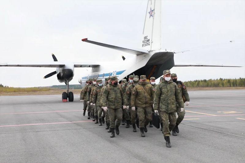 Специалисты Вооруженных сил РФ, прибывшие в Красноярский край для борьбы с коронавирусной инфекцией.