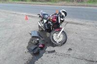 В Новотроицке водитель «Нивы» сбил подростка-мотоциклиста.