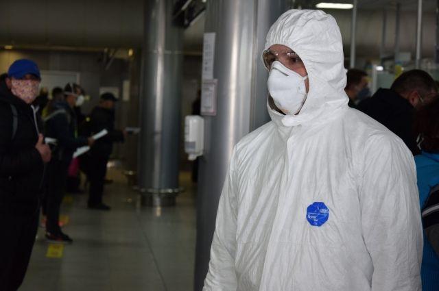 В Украину прилетели еще 400 человек из трех стран