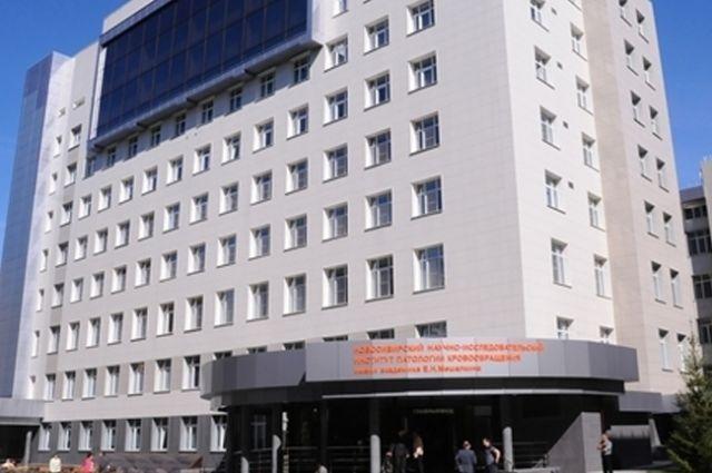 Подсудимых Александра Мартынюка и Якова Кузнецова обвинили в том, что они устранили конкурентов.