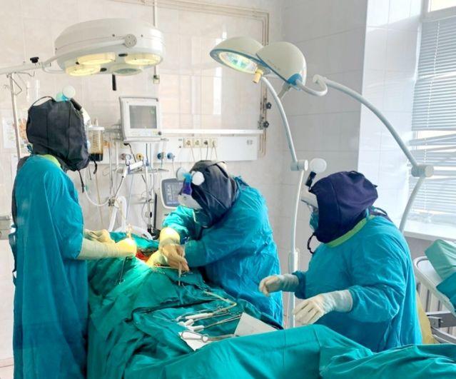 Хирурги ОКБ №2 прооперировали пациента, переболевшего COVID-19.
